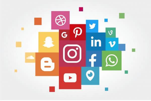 Job Social Media